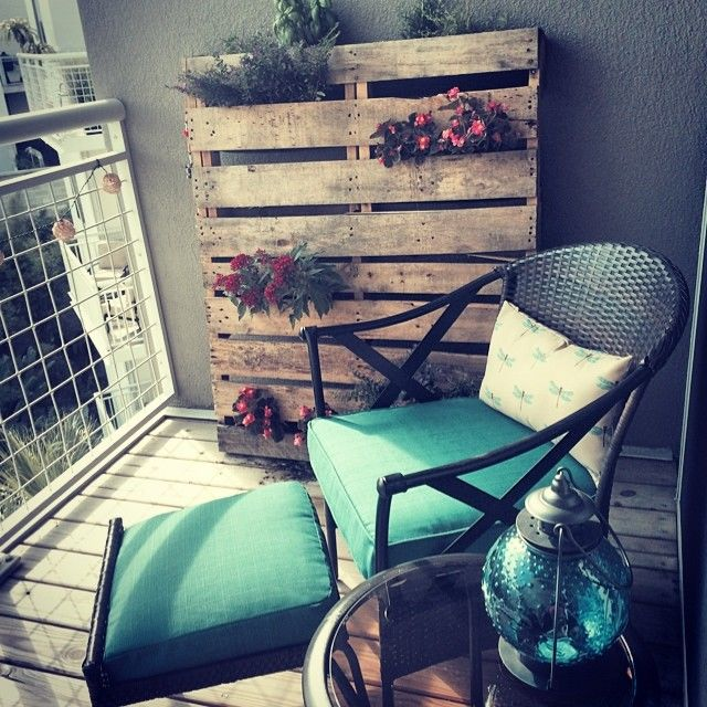 namje taj za balkon build daily. Black Bedroom Furniture Sets. Home Design Ideas
