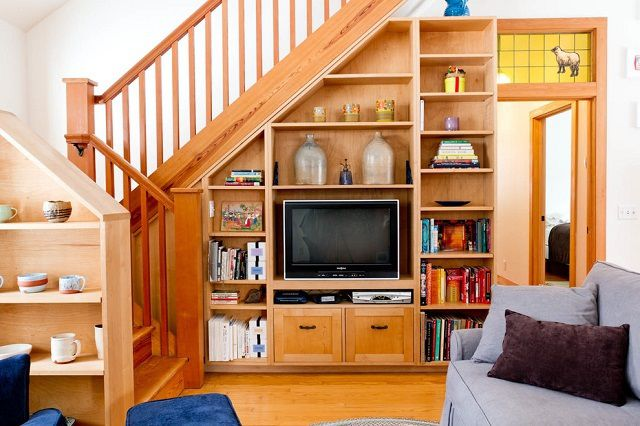 How to make the space under the stairs
