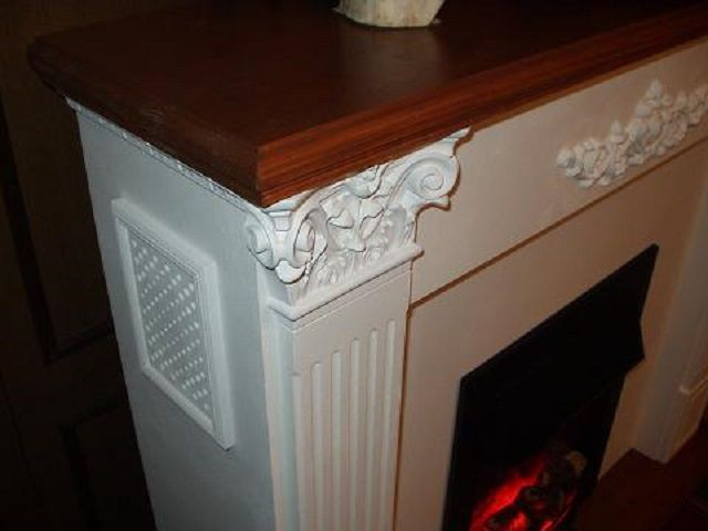 Polyurethane finishing elements are virtually indistinguishable from the real plaster moldings