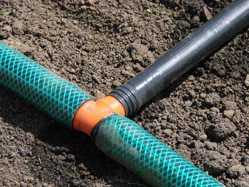 Tee in the system of drip irrigation