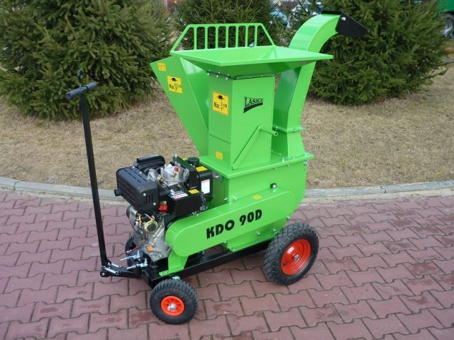 A powerful garden shredder with diesel engine