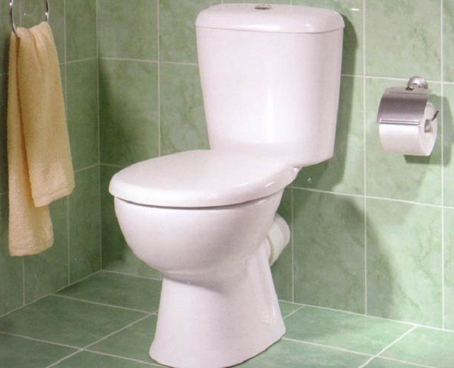 Proper installation of toilet technology on ceramic tiles involves the use of special fasteners