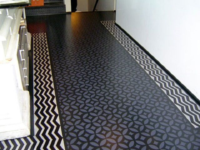 One of the most practiced solutions - covering the kitchen floor linoleum quality