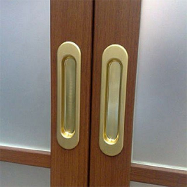 Handles for sliding doors , as a rule, choose recessed