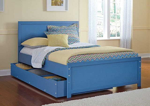 Bed with drawers - great for a child