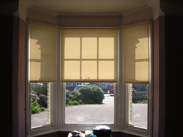 Blinds for plastic windows without drilling