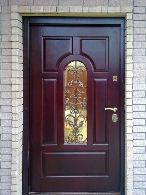 VIP- category Doors combine the highest reliability and noble finish