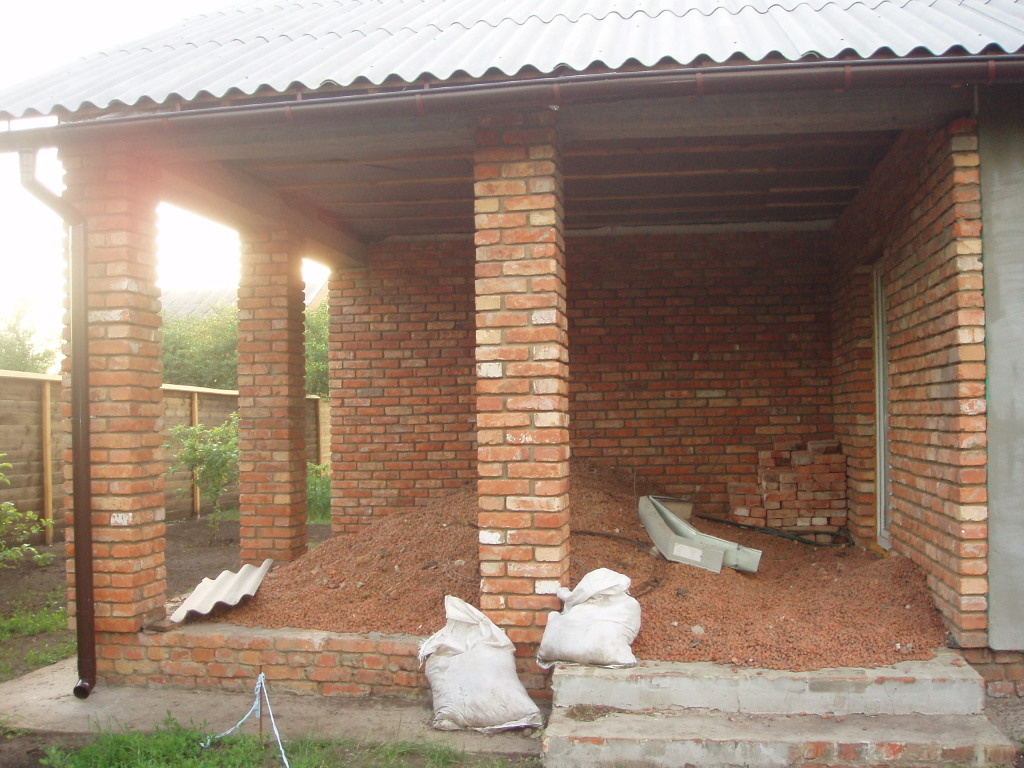 Option construction of brick veranda