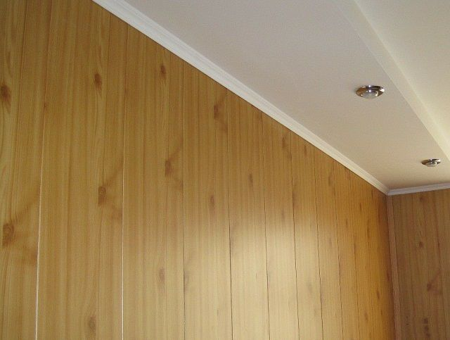 One of the most common variants - in the form of wainscot panels