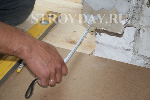 Measure out the dimensions for the installation of plywood