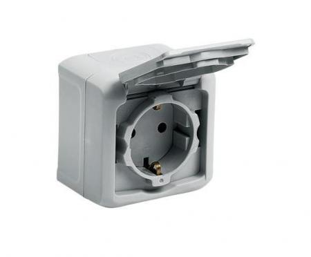 Power Outlet Legrand Quteo 16A IP44
