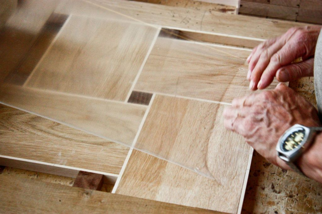 Stacking of a parquet with his own hands