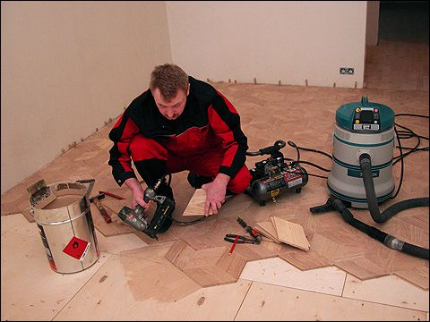 Stacking of a parquet