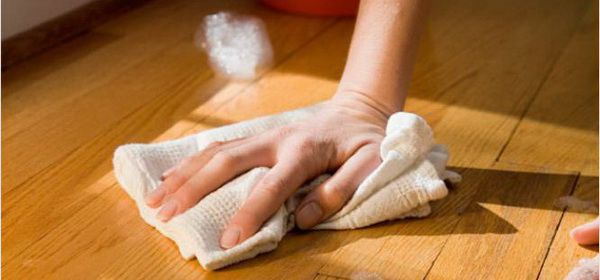 How to remove stains from the flooring