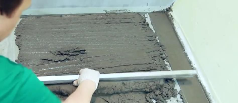 Leveling cement screed rule
