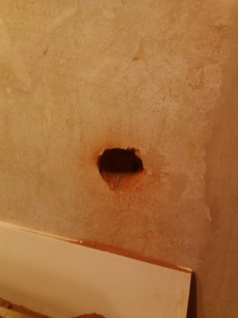 Hole outlet