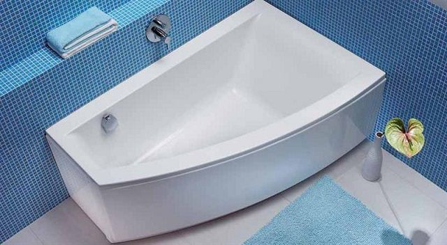 By choosing an acrylic bath is required to approach very carefully