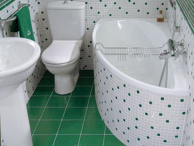 Repair of bathroom with their hands