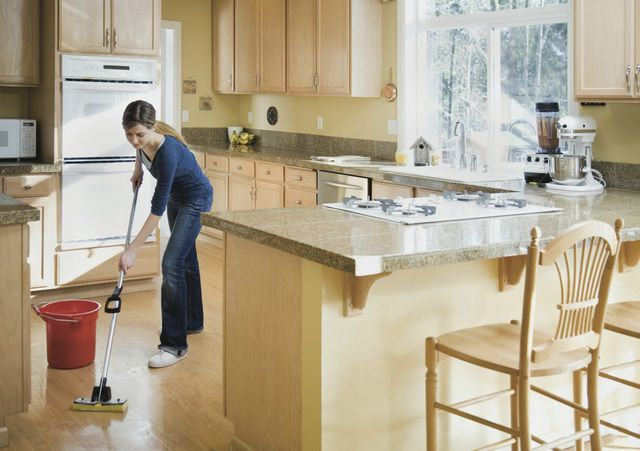 Regular cleaning the kitchen should not cause any difficulties