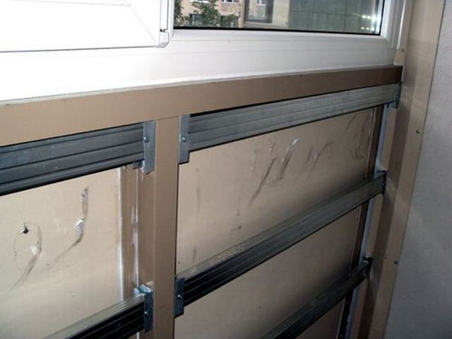 For crates can be used metal profiles, battens but to strengthen it will be more difficult