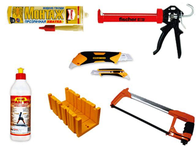 Tools for mounting ceiling moldings