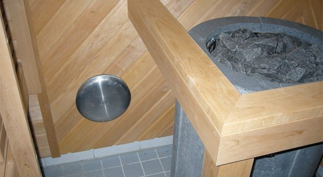 Inlet ventilation in the area of ​​the stove