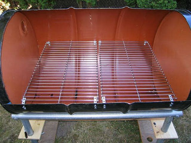 Removable barbecue grille