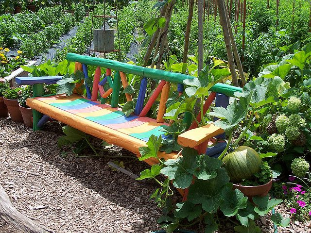 Bright colors will add a special charm of the bench
