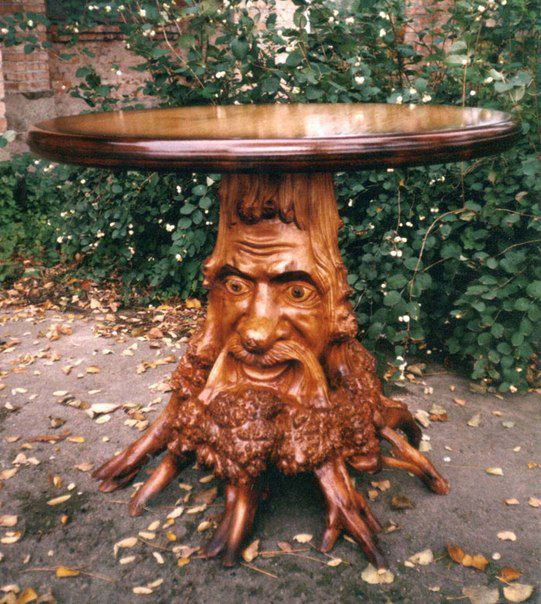 Holiday table from the stump