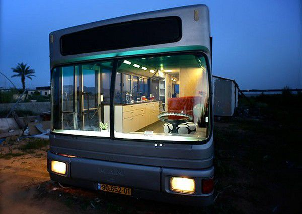 House on wheels of the bus