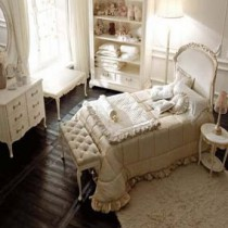 Design Ideas and Photos of bedrooms in classic style
