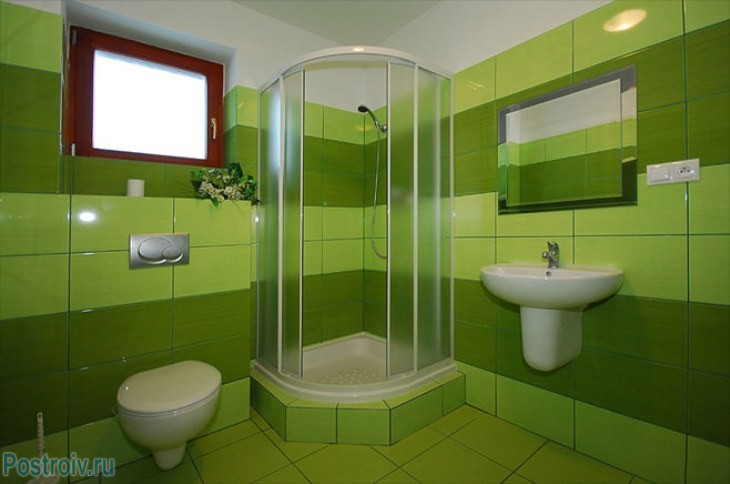 design - bathroom - room - in - green - tonah4