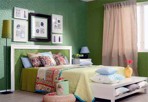 Making bedroom in Spring style