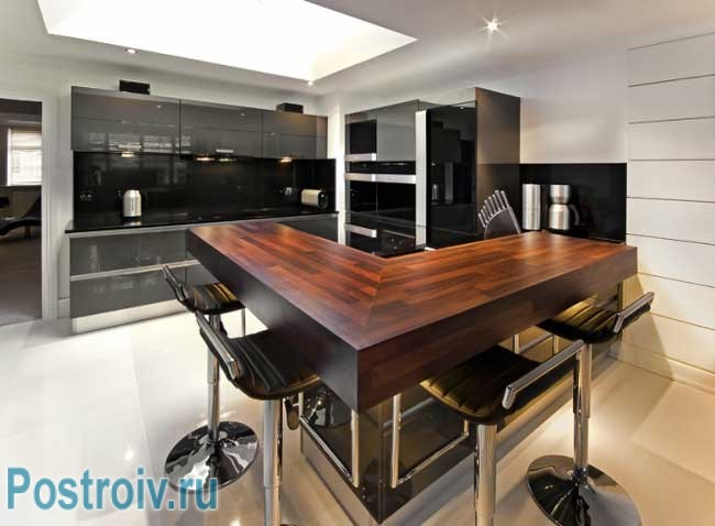 The design of the bar in the kitchen must comply with all the kitchen