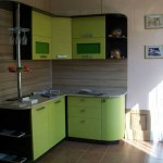 A small corner kitchen with wenge green.Photo 18