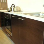 White wenge worktop in the kitchen .Photo 27