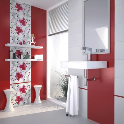 Red and white tiles in the bathroom