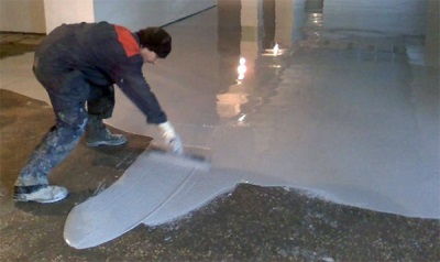 The device polyurethane floors
