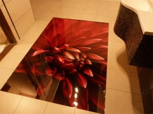 3D floor and tiled covering in the bathroom