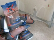 Bags with screed floor