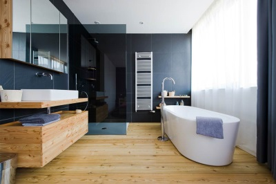 Water-resistant laminate for bathroom