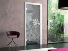 Glass doors with sandblasted pattern
