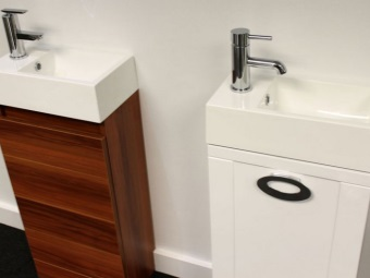 Small cupboard 50 cm with washbasin