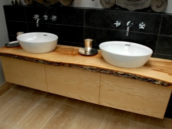 Cupboard with top made of natural wood for washbasins