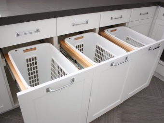 Vanity MDF bathroom with three drawers baskets for sorting dirty laundry