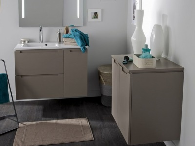 Quality furniture from Leroy Merlin bathroom