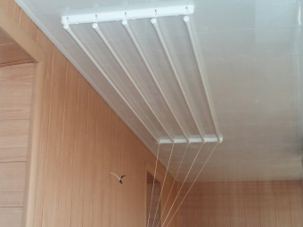 Wall & Ceiling dryer in bathroom