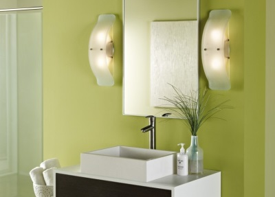 Placing wall lights in the bathroom