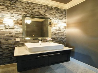 Advantages of wall sconces for the bathroom