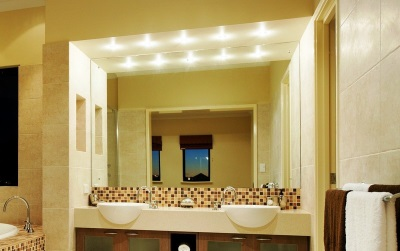 Requirements to embedded fixtures in bathroom